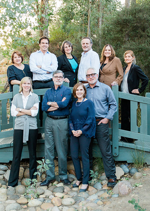 contact-group-photo